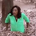 ,...... Fátima Bernardes pentadoida ao cair num buraco e depois descobre que era uma cloaca sugadora otacufurrybronyeira, e é sugada