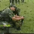 Soldados venezuelanos bombardeando o Brasil