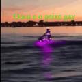 Gocu heptalouco surfando em cima de um peixe gay comemorando após pegar nas bolas do Dragão