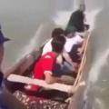 Um dois três indiozinhos quatro cinco seis indiozinhos sete oito nove indiozinhos dez num pequeno bote