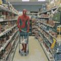 C'est dur de faire les courses pour Spiderman.